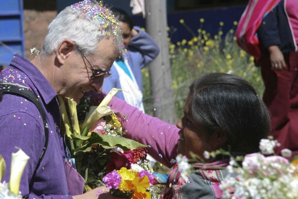 Phil Voysey with Peruvian woman, Cultural Connexions